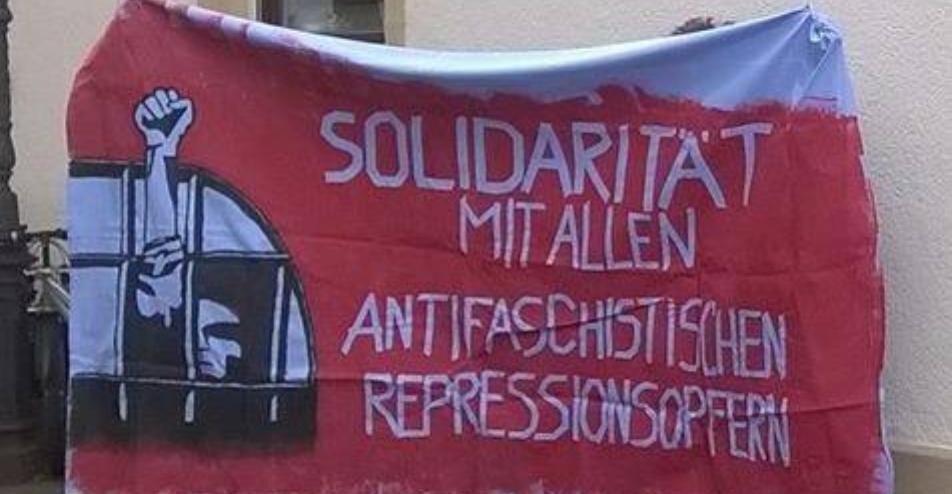 Antifaschist am 14.02.2017 wegen Protest gegen die AfD  vor dem Amtsgericht Speyer
