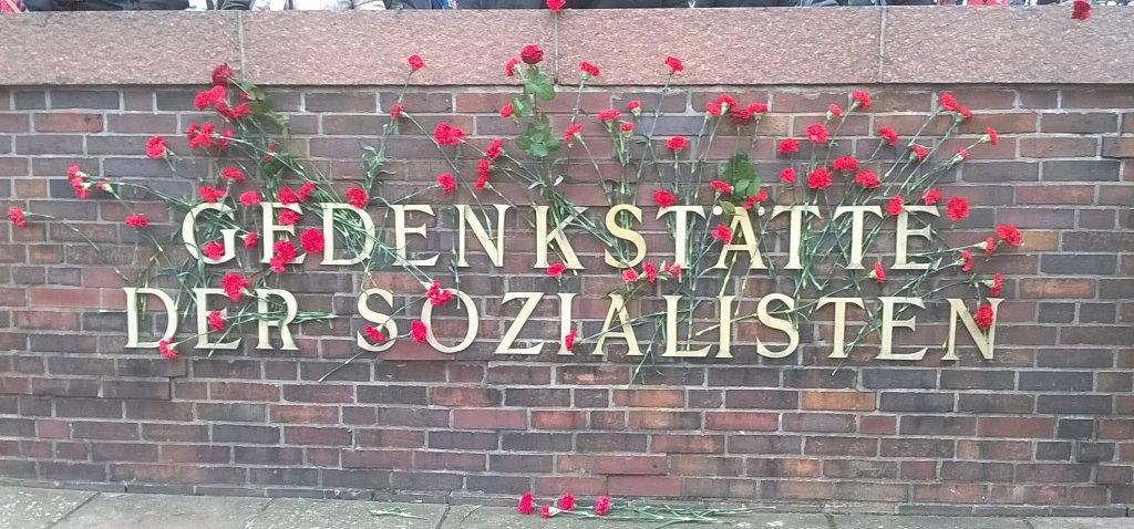 Tausende gedachten mit uns heute Liebknecht, Luxemburg und Lenin